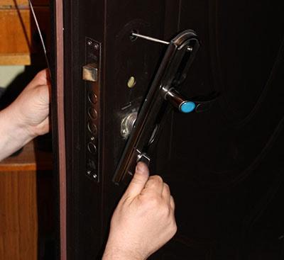 отремонтировать дверь Днепропетровск фото